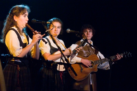 20131109_150749_celtic festival-(ZF-3065-02252-1-005) (800x533)